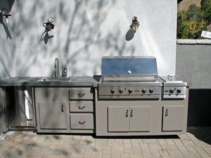 Kitchen and Grill #014 by Paradise Environments
